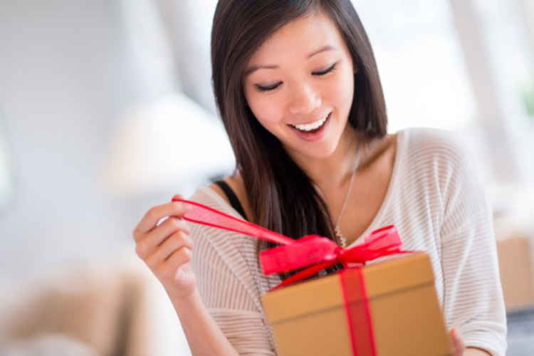 Receiving Gifts Source: thoughtco