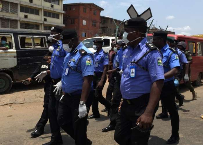 Lagos State Commissioner of Police, Mr. Lagos Hakeem Odumosu, accompanied by Commander RRS Tunji Disu Thursday visited some markets and stores in Lagos 1