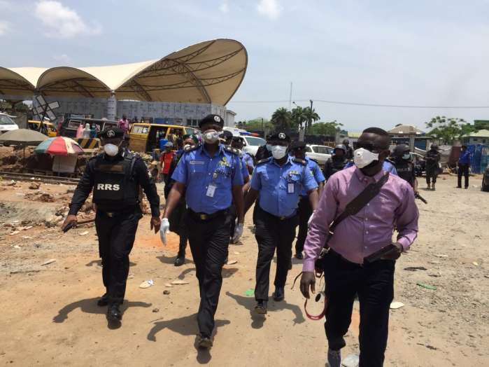 Lagos State Commissioner of Police, Mr. Lagos Hakeem Odumosu, accompanied by Commander RRS Tunji Disu Thursday visited some markets and stores in Lagos 3