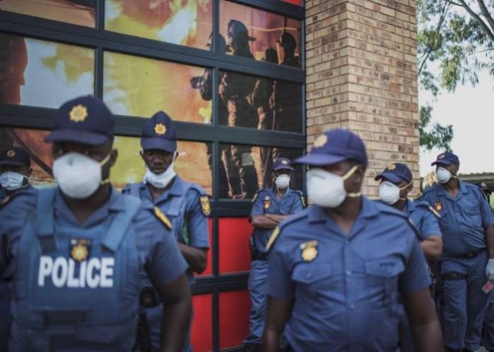 The South African Police have arrested two persons positive to COVID-19 for failure to self-isolate.