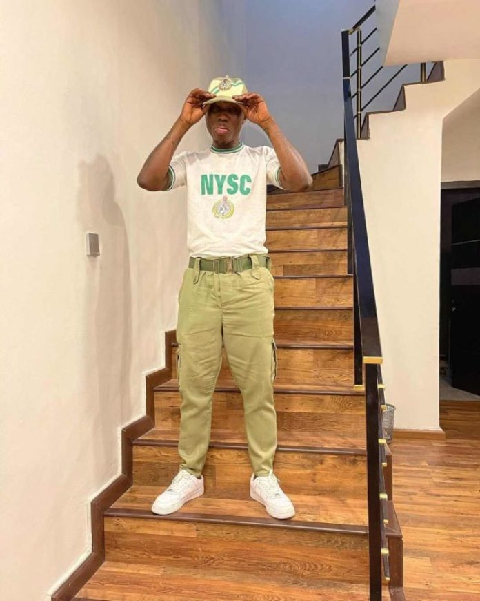 Zlatan Ibile Shares Photos As He Passes Out From NYSC