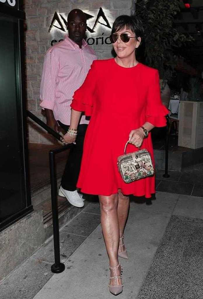 Kris Jenner Set To Launch Her Own Beauty Line