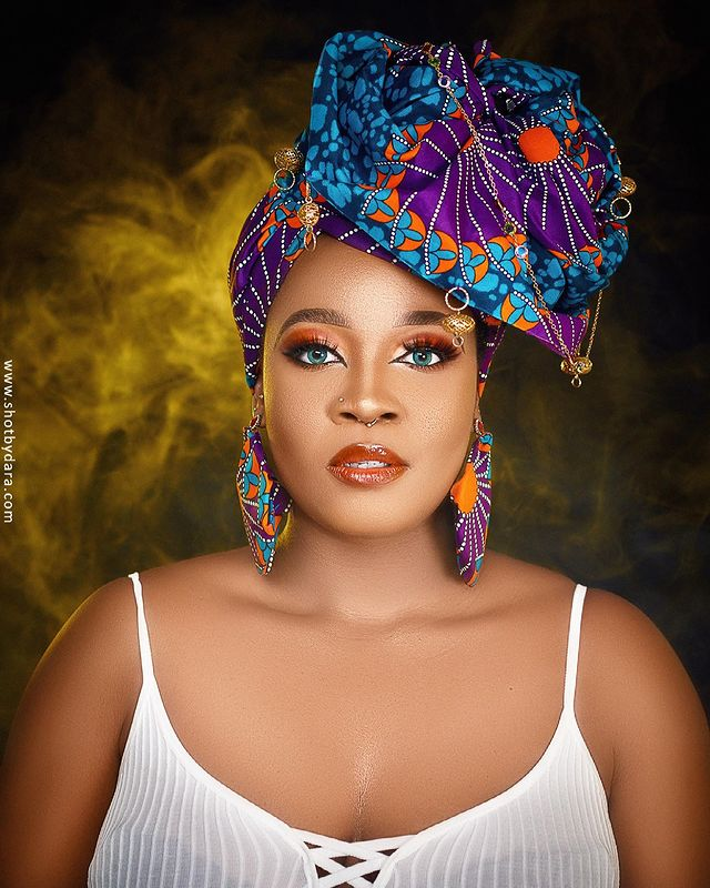 Lucy Edet Is The Definition Of Cuteness Overload In New Gorgeous Snaps