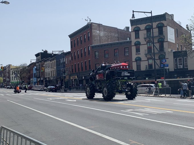 Monster truck carries DMX casket as thousands of bikers escort his remains to Brooklyn?s Barclays Center for his memorial service (Videos)