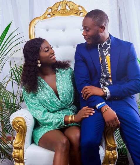 Videos from the ongoing wedding ceremony of Fuji star, Pasuma?s daughter Oyindamola and her husband Olajuwon