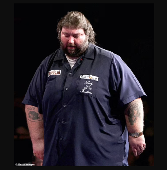Darts legend Andy Fordham dies at 59, months after revealing he was