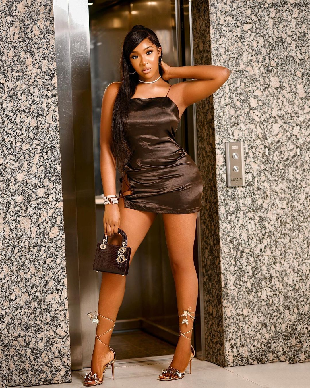 Idia Aisien- Bold And Stunning