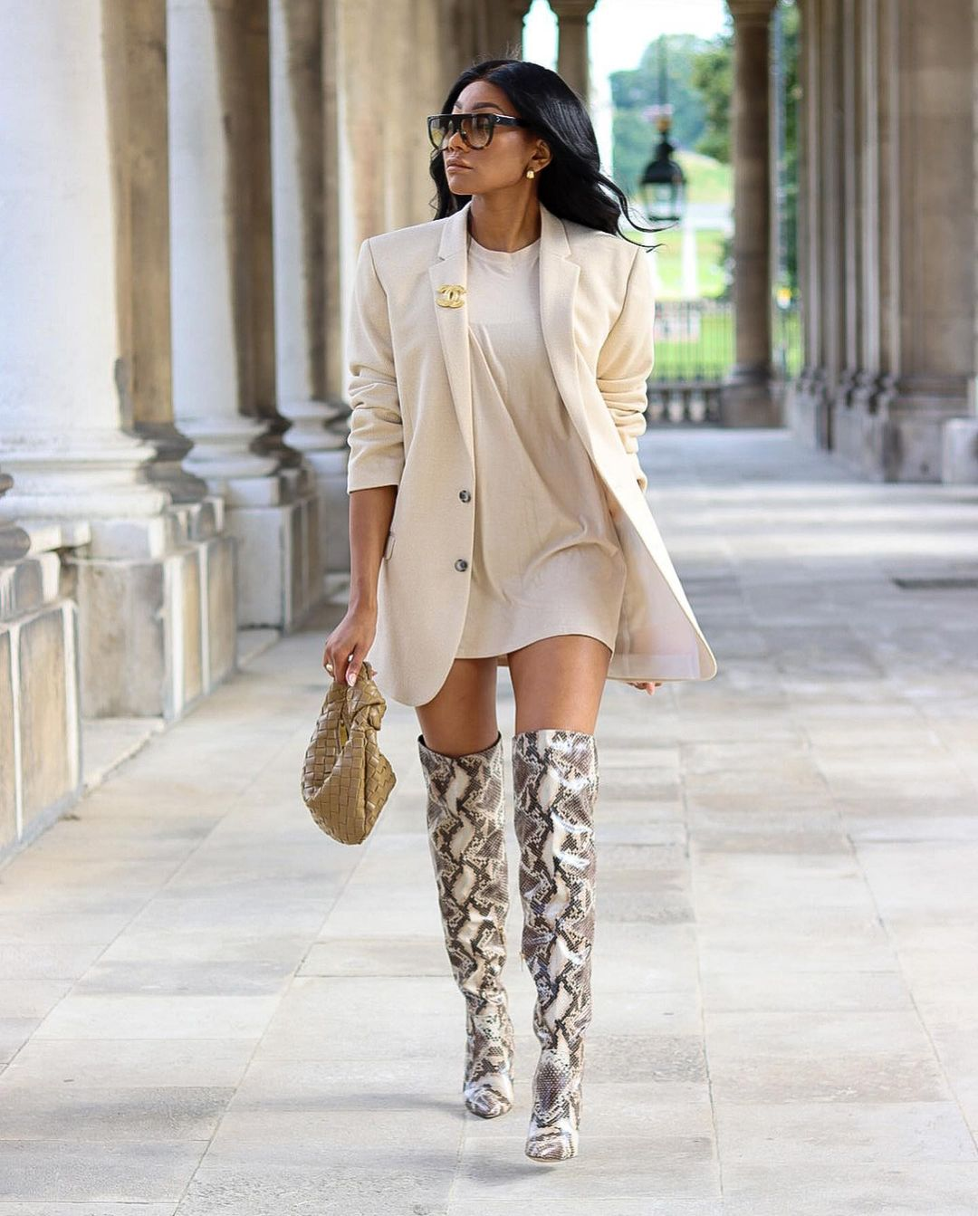 Charlotte Kamale- A Chic Look That Can't Go Wrong